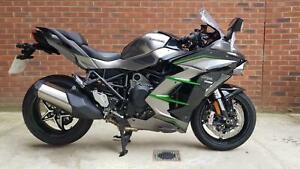 Kawasaki Ninja H2 SX SE + - Electronic Suspension Model