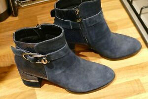 """Moda In Pelle Size 5 Navy Suede/Leather 2.75"""" Heel Ankle Boots Worn Only Once"""