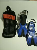 Speedo Dive youth S/M 9-13 swim fins bag blue new condition