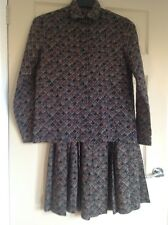 JAEGER, VINTAGE SKIRT SUIT, VERY FINE 100% WOOL, LIGHTWEIGHT, SIZE 8