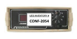 Omega Engineering DP460-T-D55 Digital Temperature Meter DP460 Working Surplus
