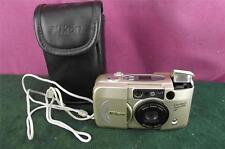 Muy Bonito Nikon Lite Touch Zoom 70W 35mm Cámara en muy buena condición Con Estuche