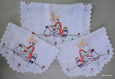 Dresser Scarf Set 3 Linen Embroidered Mexico Hombre Pottery Doily Antimaccasar