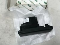 Range Rover Sport 06-11 Rear Console Cover With A/V-AUX Inputs XVN500040