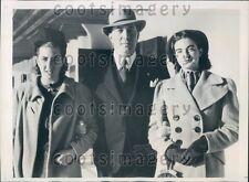 1939 Lima Peru Mayor Eduardo Dibos With His Daughters Press Photo