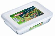 PYREX Rectangular Dish With Plastic Lid 2.6l