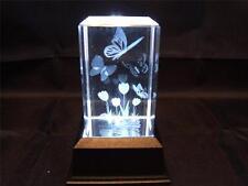 Láser de cristal de vidrio sólido bloque y Caja de Luz Blanca-Tulipán y mariposa.