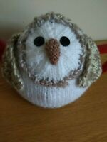 Hand-knitted Barn Owl tea cosy. Fits medium sized teapot.