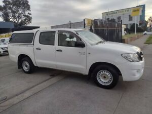 EXCELLENT CONDITION - Automatic 2009 Toyota Hilux Dual Cab SR 4.0 - Very Tidy