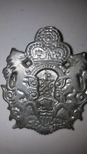 UNKNOWN MEDAL EMBLEM PLAQUE MILITARY 2 LIONS HOLD CROWN w EAGLE AT BASE ENGLAND?