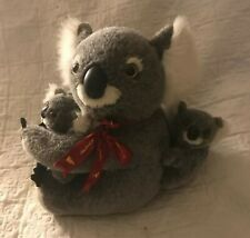 SOFT PLUSH CUDDLY KOALA BEAR MOTHER WITH TWO CUBS/BABIES FROM BOOMERANG TOYS