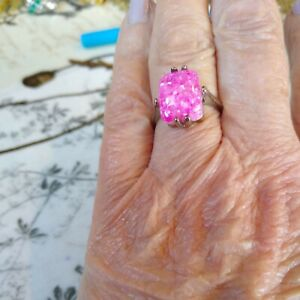 Art Decco pink faux glitter agate  Silver Tone Ring, Size 0 1/2 New with tags