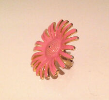 Vintage 60's Flower Power Gold-tone Metal and Pink Enamel Flower Ring