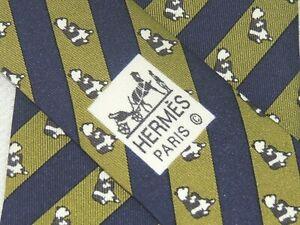 """HERMES MEN'S TIE GREEN, BLACK/BEARS PATTERN W: 3.3/8"""" L: 56"""" 7107 OA"""