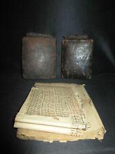 ancien talisman porte bonheur berbère manuscrit sertis dans étui cuir XIX ème