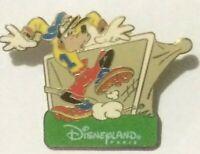 Goofy  Disneyland Paris Resort Soccer Goalie disney pin T