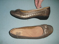 New Clarks Ballet Flats Shoes Womens Sz 10 N metallic gold pewter