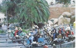 CA - AMERICANA - Motorcycle Chase Ride - Knott's Berry Farm