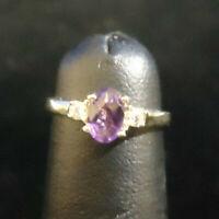 (RI5) 10K Yellow Gold Amethyst Ring with 2 Diamonds .06CTW - 1.7g - Size 3.75