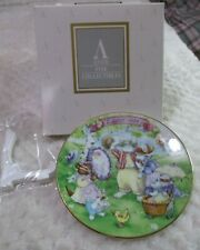 """1994 Avon """"All Dressed Up"""" Easter Plate W/ Stand New In Box"""