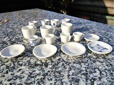 16 Teile Porzellan Puppengeschirr Teller + Tassen z. Teil Zwiebelmuster