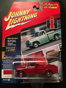 JOHNNY LIGHTNING 1965 INTERNATIONAL 1200 PICKUP 2017 CLASSIC GOLD RED PAINT