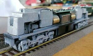 ATLAS C30-7 Undec 4 WINDOW CAB GSC tracks (Driving chassis only) HO