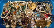 2+lbs VINTAGE COSTUME JEWELRY REPAIR PARTS PIECES CRAFT LOT SOME RHINESTONES