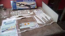 Boeing 747 Lufthansa + extra Caledonian Pan Am Braniff Decals 1/144 sin construir