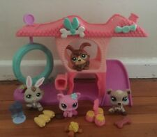 Littlest Pet Shop Playful Puppy House With Petriplet    Dog Pig Bear And Rabbit