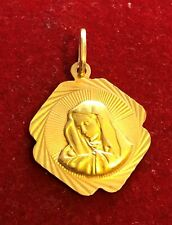 18ct Yellow Gold Mary Pendant