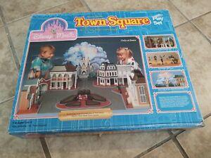 1988 Sears Disney Magic Walt Disney World Main Street Town Square Playset