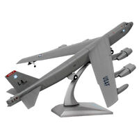 1/200 Scale Diecast Alloy American B-52 Bomber Aircraft Plane Model Collectibles