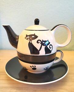 Black Cats Hues & Brews Stacking Tea Pot Cup & Saucer EUC