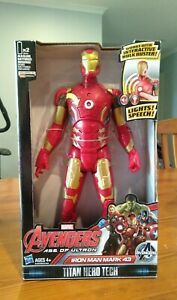 AVENGERS MARVEL AGE OF ULTRON IRON MAN MARK 43 TITAN HERO SPEECH & LIGHTS BNIB!
