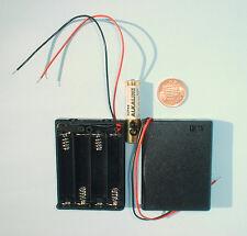 4 X Pila Aaa Incluida Plástico Caja De Batería + Miniatura interruptor deslizante y conduce