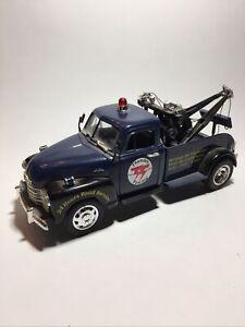 Jada 1/24 1953 Chevy Tow Truck/Wrecker  Thunder Towing Navy Blue NO 50100