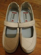 ECCO POWERED BY RECEPTOR TECHNOLOGY SHOES WOMENS SIZE EU 39L  US SIZE 8-8.5
