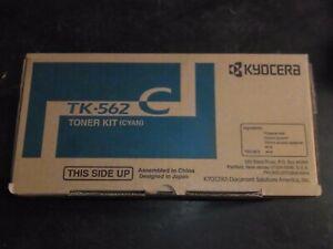 Genuine Kyocera TK-562C CYAN Toner Kit 1T02HNCUS0 Missing Waste Bottle