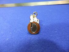 vtg snoopy pendant charm letter initial O brown 1970s peanuts schulz cartoon