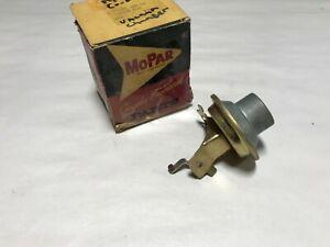 1960 1961 PLYMOUTH NOS MOPAR VACUUM ADVANCE 60 61  -  1889768