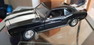 MAISTO 1:18 Diecast Model Car 1969 Chevrolet Camaro Z28