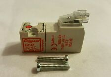 Clippard Pneumatic Electronic 15mm 3 Way NC Valve E315F-2C024 VDC w/LED