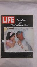 Life Magazine July 7th 1967 A Rare Photo For President's Album Published By Time