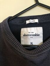 Abercrombie Boys Muscle Jumper Size XL (approx 12-14 Years)