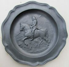 ANTIQUE PEWTER PLATE w/ ARMORED KNIGHT on HORSE