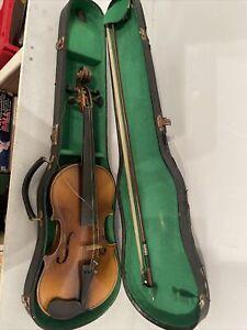 Antonius Stradivarius Cremonensis Faciebat Anno 1713 Violin need attention