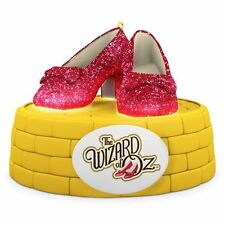 Hallmark 2016 Ruby Slippers Dorothy Wizard of Oz  Magic Ornament