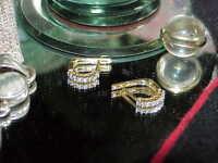 14K .40ct 14 Diamond Hoop Huggy Post Earrings Yellow Gold Gorgeous Diamonds