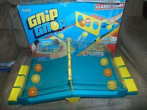 2005 Fundex GNIP GNOP Slap-Happy Game complete